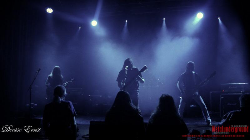 01-Rage-Monument-Darker-Half-Detraced-03